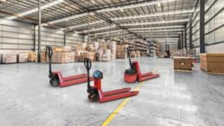 Os porta-paletes manuais M25, M25 Scale+ e M10X da Linde Material Handling