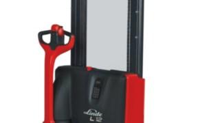 Stackers elétricos L10B, L10, L12, L12i da Linde Material Handling