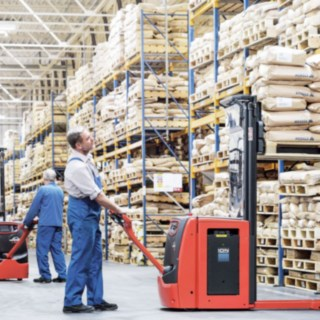 pallet_stacker_L16_stacking_lithium_ion-4421_5364_CX