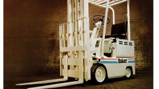 Empilhador dos anos 70 da Baker, adquirida pela Linde Material Handling em 1977