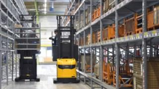 Empilhadores retráteis e equipamentos de movimentação de cargas da Linde na Heidelberger Druckmaschinen