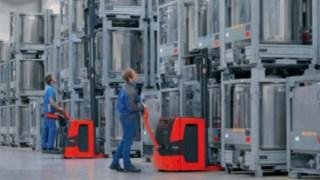 Os stackers da Linde Material Handling medem o peso da carga