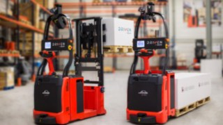 Empilhadores autónomos da Linde Material Handling com tecnologia de controlo a laser.