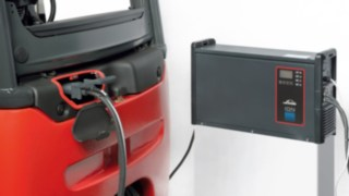 Carregador de bateria de iões de lítio